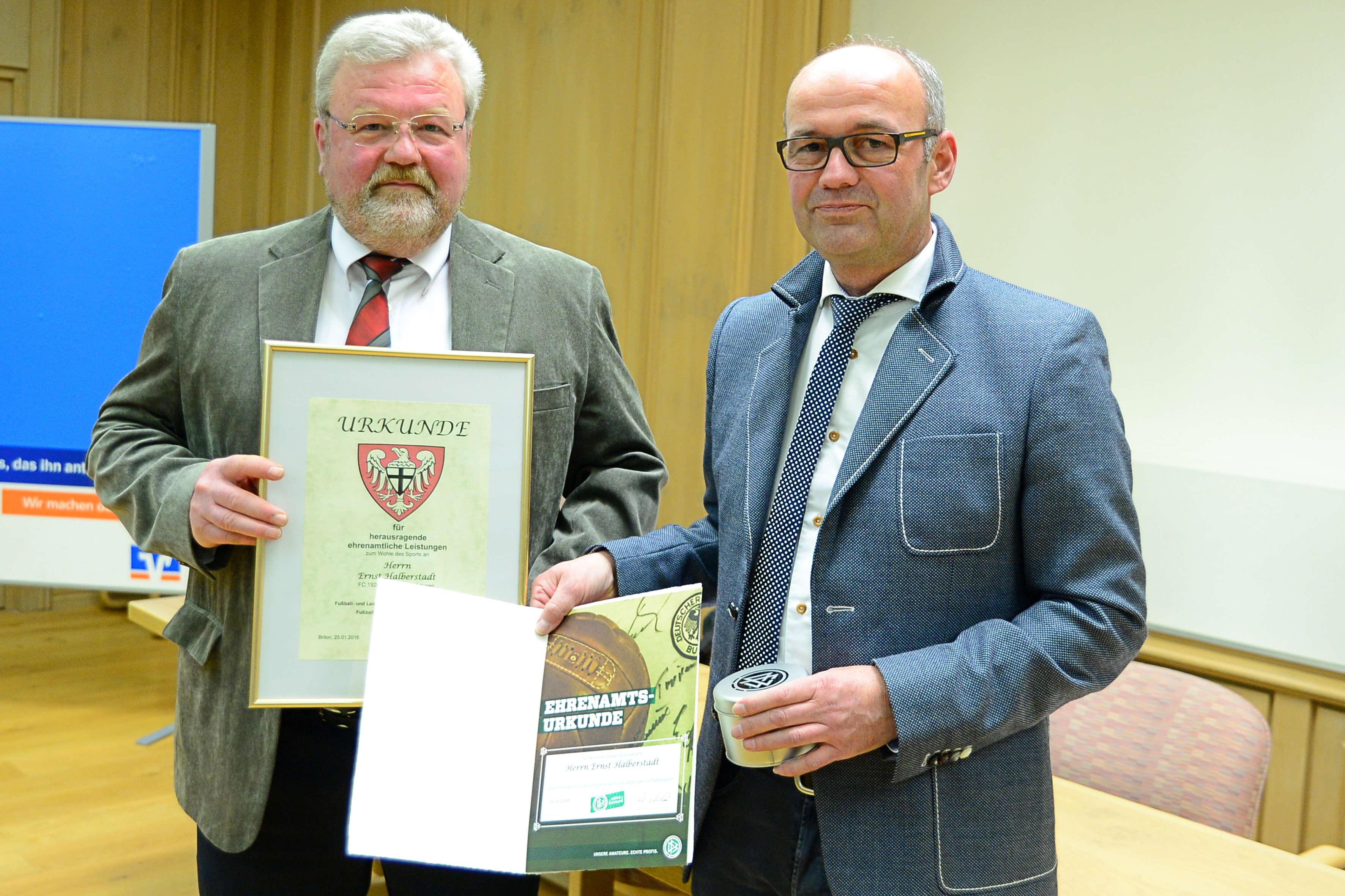 """Ernst Halberstadt gehört jetzt zum """"Club 100″"""