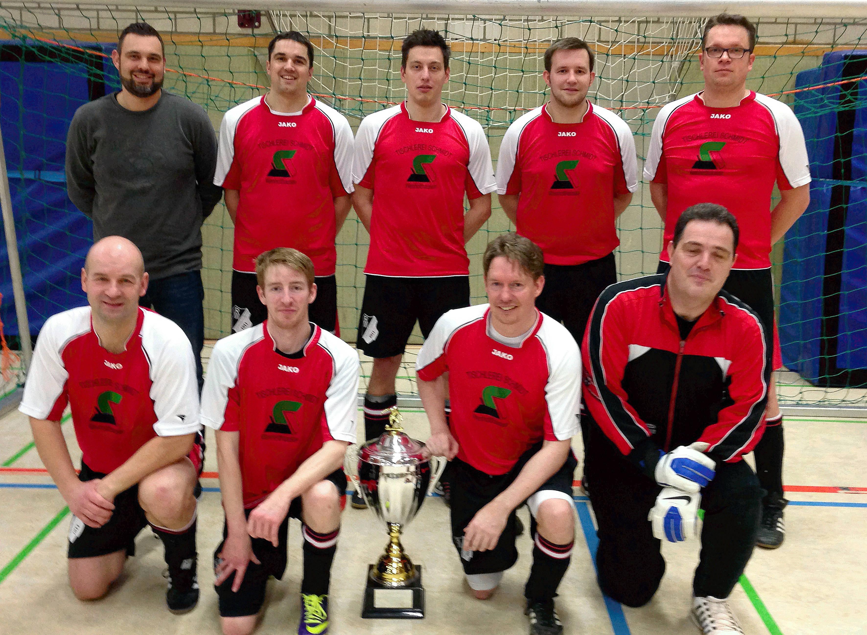 SG Reiste/Wenholthausen feiert Ü32 Pokalsieg 2016